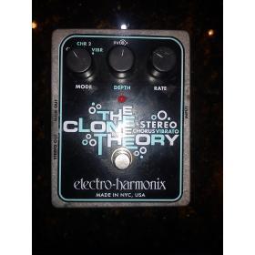 Electro Harmonix - Stereo Clone Theory