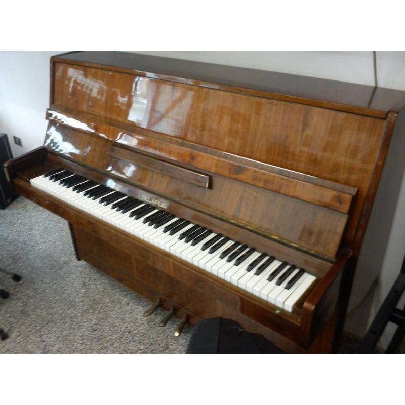 Pianoforte verticale Belarus